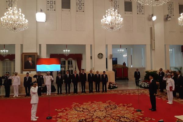 Presiden Joko Widodo melantik Rusli Baco Daeng Palabi sebagai Wakil Gubernur Sulawesi Tengah di Istana Negara. - Bisnis/Yodie Hardiyan