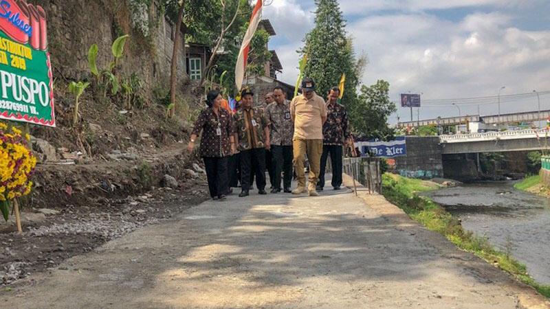 Peresmian jalan inspeksi Sungai Code di Yogyakarta. - Antara/Eka Arifa Rusqiyati