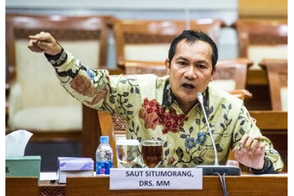 Saut Situmorang saat mengikuti uji kelayakan dan kepatutan capim KPK di Komisi III DPR, Kompleks Parlemen, Jakarta, Senin (14/12/2015). - Antara/M Agung Rajasa