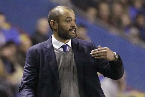 Pelatih Wolves Nuno Espirito Santo - Reuters