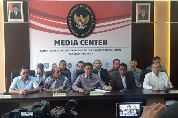 Menteri Politik Hukum dan Keamanan Wirantosaat menggelar jumpa pers terkait konflik Papua di Jakarta, Jumat (30/8/2019). - Bisnis/Jaffry Prabu Prakoso