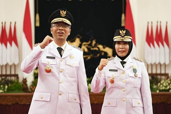 Gubernur Nusa Tenggara Barat (NTB) Zulkifliemansyah (kiri) bersama Wakil Gubernur Sitti Rohmi Djalilah. (Foto: Pelopor.id/ Antara)