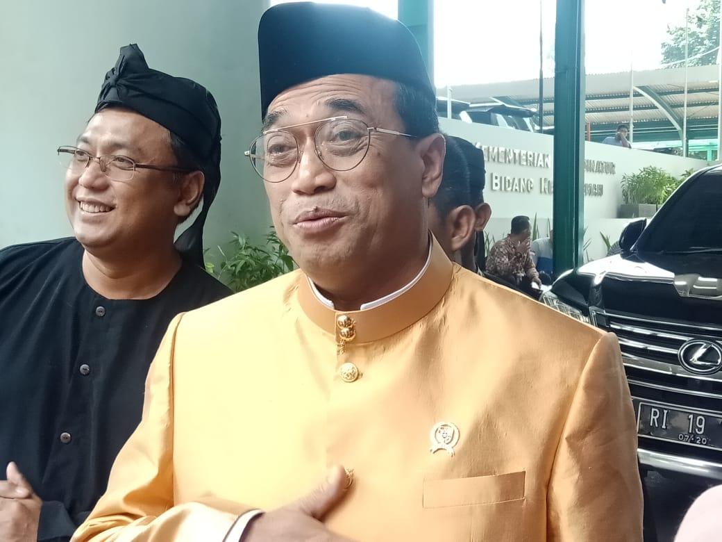 Menteri Perhubungan Budi Karya Sumadi usai mengikuti rapat di Kemenko Kemaritiman, Selasa 3 Septembar 2019. - Bisnis/Rayful Mudassir