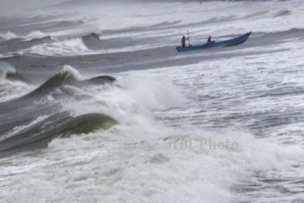 Ilustrasi gelombang di pantai. - JIBI