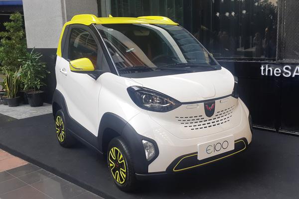 Iems 2019 Wuling Hadirkan Mobil Listrik E100 Dan E200 Otomotif Bisnis Com