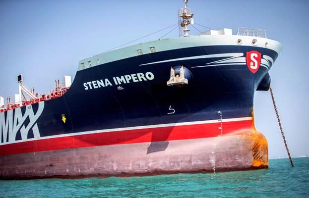 Stena Impero, kapal berbendera Inggris milik Stena Bulk saat berada di kawasan teluk di Bandar Abbas, Iran, 22 Agustus 2019. - WANA (West Asia News Agency) via Reuters/Nazanin Tabatabaee