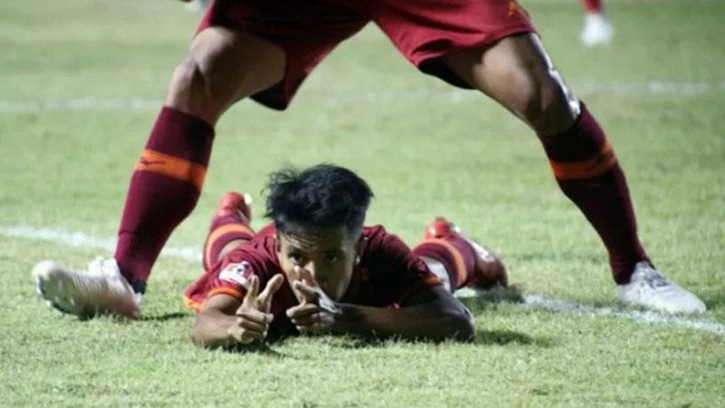 Pemain depan Borneo FC Sihran Amarullah melakukan selebrasi setelah mencetak gol ke gawang PS Tira Persikabo pada lanjutan Liga 1 di Stadion Pakansari, Cibinong, Kabupaten Bogor, Jawa Barat, Minggu (1/9/2019). - Antara/Yulius Satria Wijaya