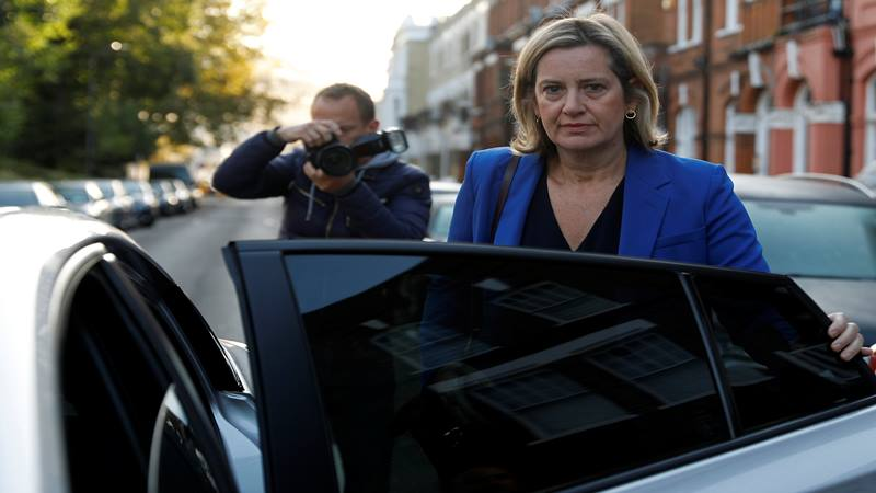 Amber Rudd meninggalkan rumahnya di London, Inggris 8 September 2019. - Reuters