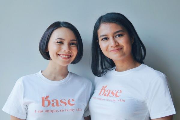 Co/Founder dan CEO Base Yaumi Fauziah Sugiharta bersama Co/Founder dan CPO Base Ratih Permata Sari