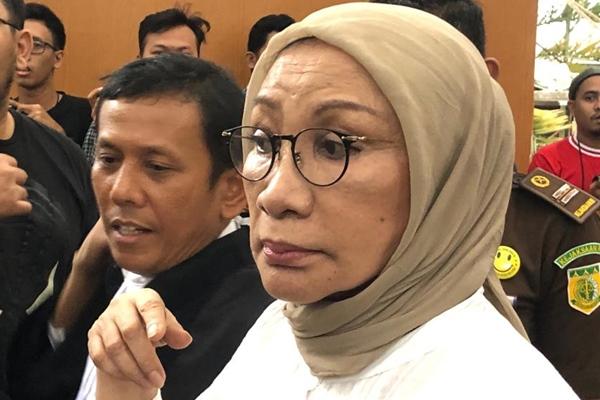 Ratna Sarumpaet seusai menerima vonis penjara 2 tahun. - Bisnis/Sholahuddin Al Ayyubi