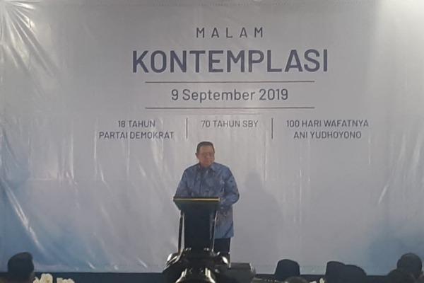 Presiden Ke-6 RI Susilo Bambang Yudhoyono menyampaikan pidato Malam Kontemplasi di Cikeas Bogor, Senin (9/9/2019) - Bisnis/Jaffry Prabu Prakoso