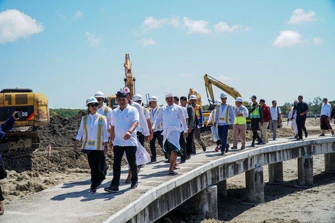 Menteri Badan Usaha Milik Negara (BUMN) Rini M. Soemarno meninjau proyek pengembangan Pelabuhan Benoa, Denpasar, Bali yang digagas PT Pelabuhan Indonesia III (Persero) Selasa (10/9/2019). - Istimewa