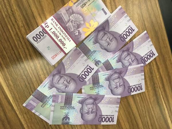 Uang pengganti atas uang Putri yang dimakan rayap - twitter.com/putribuddin