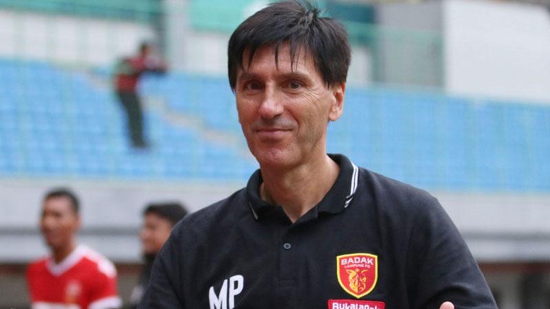 Pelatih Perseru Badak Lampung FC Milan Petrovic - Liga-Indonesia.id