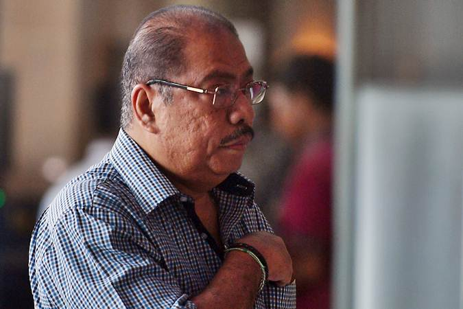 Anggota DPR Melchias Marcus Mekeng saat tiba untuk menjalani pemeriksaan di kantor KPK, Jakarta, Rabu (8/5/2019). - ANTARA/Sigid Kurniawan