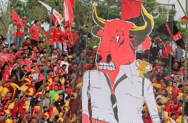 Suporter Semen Padang - Liga Indonesia