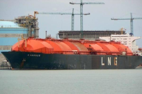 Kapal pengangkut LNG. - Ilustrasi