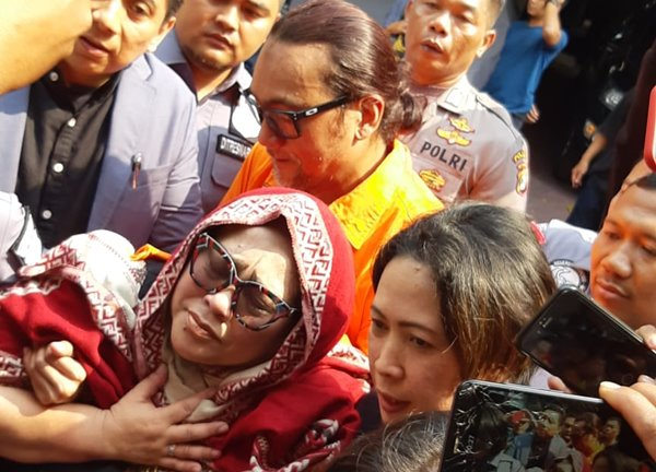 Komedian Tri Retno Prayudati alias Nunung - Bisnis.com/Rayful