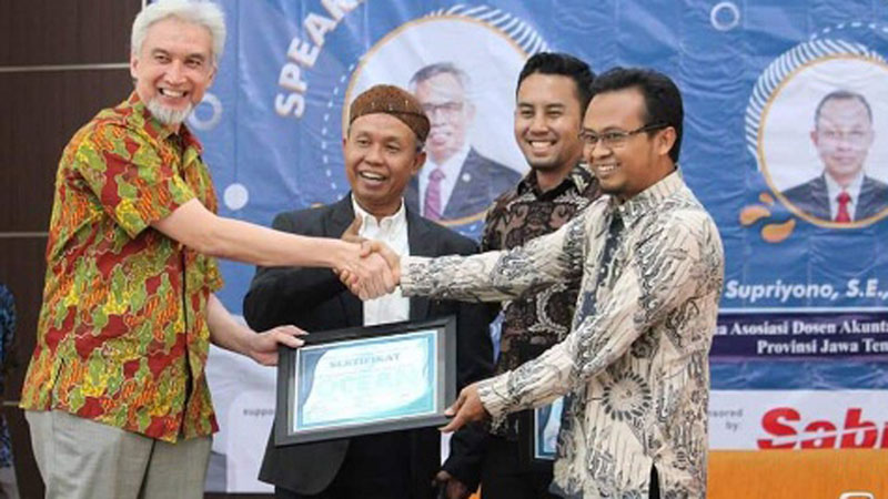 Suasana seminar Optimalisasi Ekonomi Syariah di Era Revolusi Industri 4.0 di Universitas Sebelas Maret Surakarta, pada Jawa Tengah, Sabtu (14/9/2019). - Istimewa