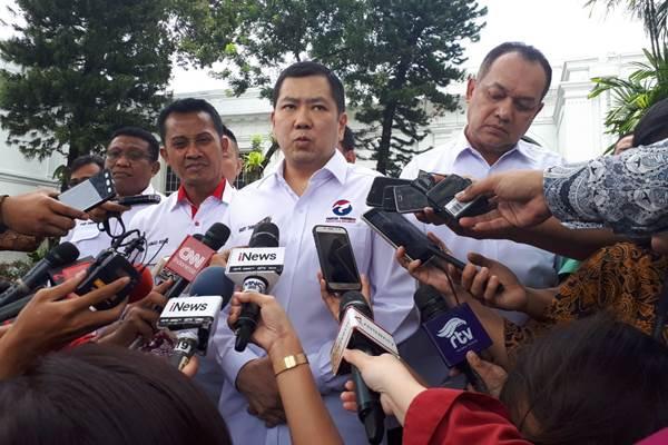Hary Tanoe saat memberi keterangan kepada pers di Istana, Senin (5/3/2018). - Bisnis/Amanda K. Wardhani