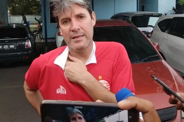 Pelatih Persija Jakarta Julio Banuelos. Tim asuhannya bakal jumpa pemimpin klasemen Bali United. - Antara