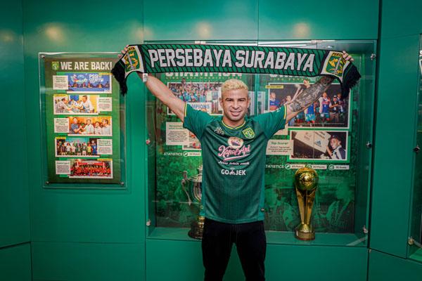 Diogo Campos Gomes resmi bergabung dengan Persebaya Surabaya. - Persebaya.id