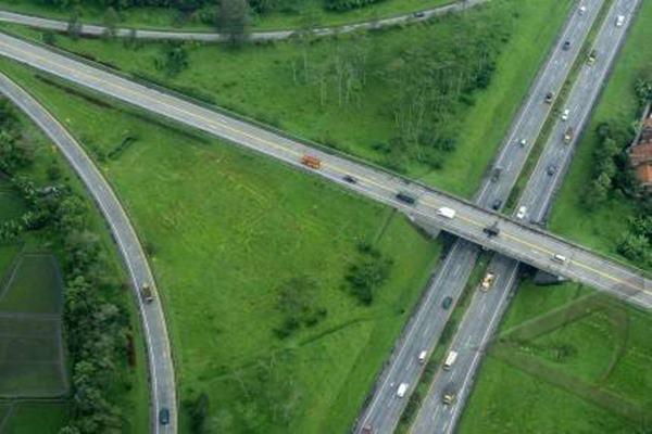 Ilustrasi jalan tol - Antarafoto