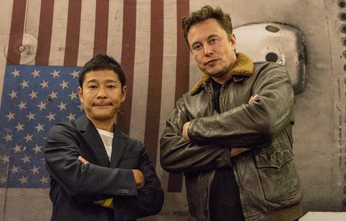 Yusaku Maezawa bersama Elon Musk. Yusaku adalah miliarder Jepang, pengusaha, dan kolektor seni. Dia mendirikan Start Today pada tahun 1998 dan meluncurkan situs ritel fashion online Zozotown. - Twitter
