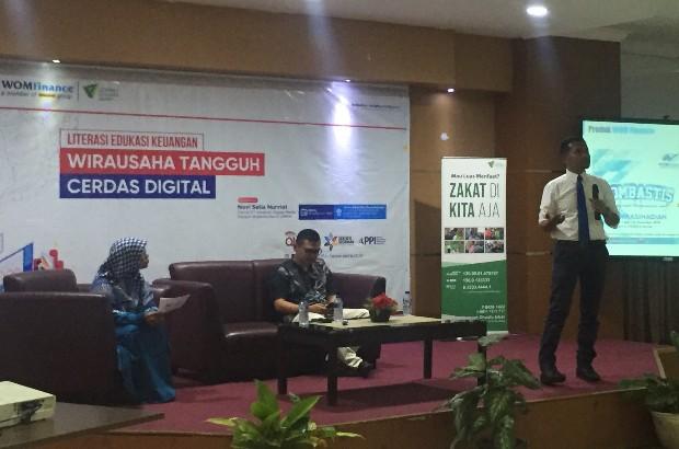 WOM Finance Gelar Literasi Produk Keuangan dan UMKM di Bandung - Bisnis/Dea Andriyawan