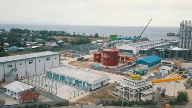 Pembangkit listrik tenaga mesin gas (PLTMG) Lombok Peaker 150 MW di Kelurahan Tanjung Karang, Kota Mataram, Nusa Tenggara Barat. - Antara/Awaludin