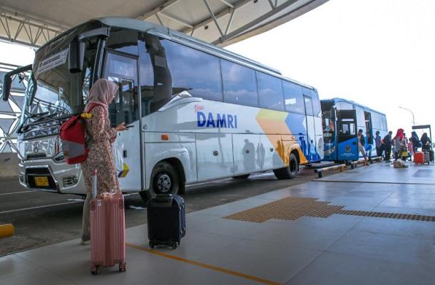 Damri menawarkan perjalanan setiap dua jam untuk mencapai ke Bandara Kertajati - Bisnis/Wisnu Wage
