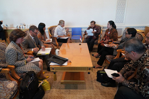 Wakil Presiden Jusuf Kalla dan Ratu Maxima dari Belanda melakukan pembicaraan bilateral terkait inklusi keuangan di sela sidang umum PBB di New York, Selasa 24 September 2019 waktu setempat. Foto: Setwapres