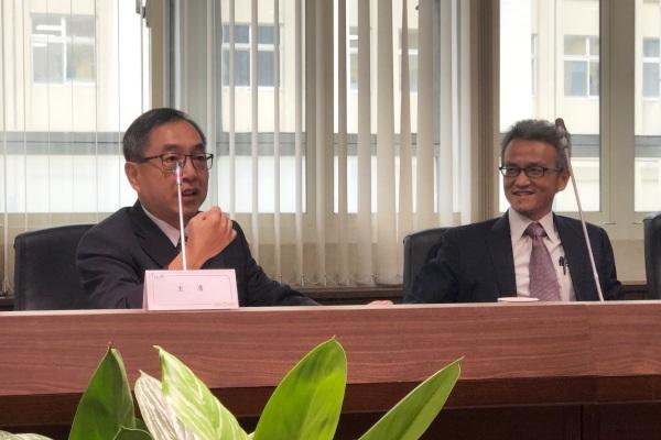 Isaac C. Chiu (kiri) dan Bruce Chih-yu Chien, negosiator dari Office of Trade Negotiations, Executive Yuan Taiwan. - Bisnis/Akhirul Anwar