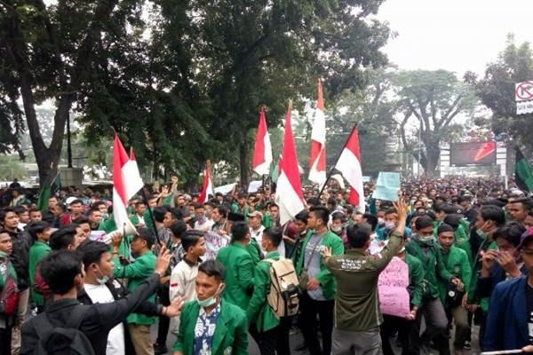 Demo Mahasiswa - ANTARA/Juraidi