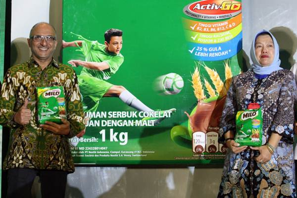 Presiden Direktur PT Nestle Indonesia Dharmesh Gordhon (kiri) - JIBI/Dedi Gunawan