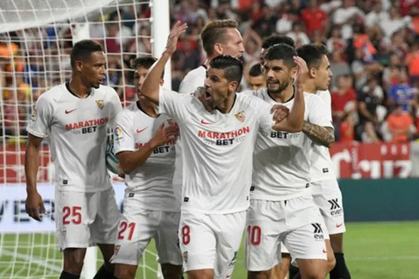 Para pemain Sevilla selepas menjebol gawang Real Sociedad. - Twitter@SevillaFC