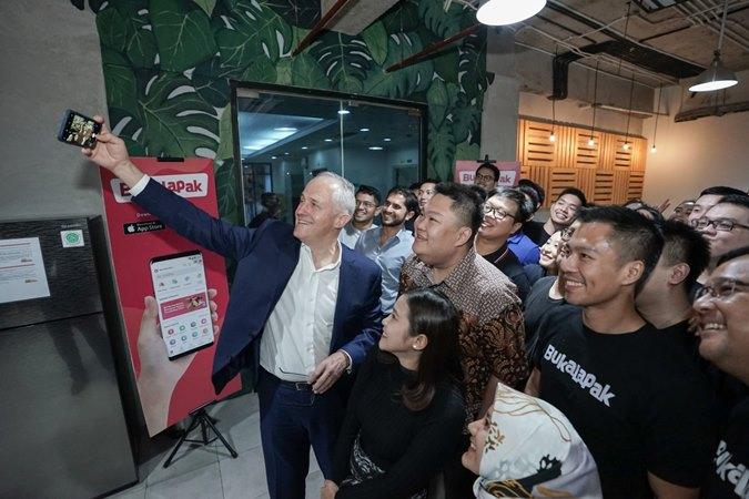 Mantan Perdana Menteri Australia ke/29 (2015/2018), Malcolm Turnbull, mengunjungi kantor PT Bukalapak.com