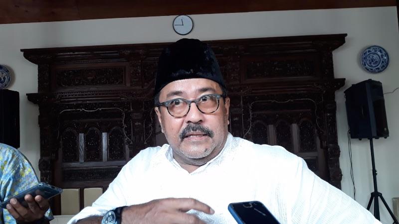 Rano Karno saat ditemui di kediamannya di kawasan Lebak Bulus, Jakarta Selatan, Kamis (6/6/2019). - Bisnis/Ria Theresia Situmorang