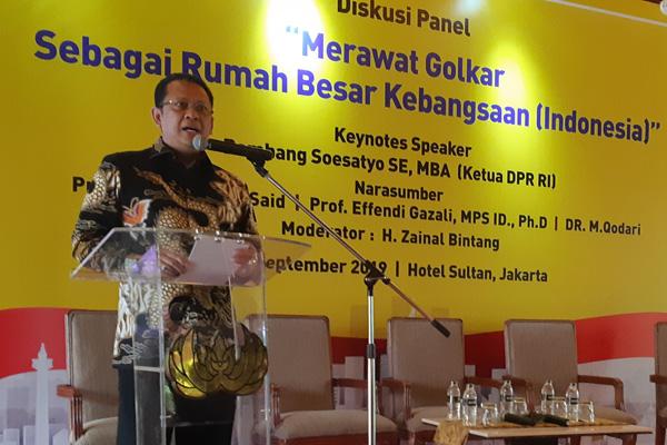Bambang Soesatyo saat berbicara dalam diskusi Merawat Golkar, Merawat Rumah Besar Kebangsaan pada Jumat 20 September 2019. - Bisnis/John Andhi Oktaveri
