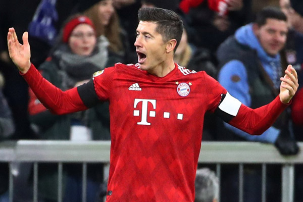 Striker Bayern Munchen Robert Lewandowski - Reuters/Michael Dalder
