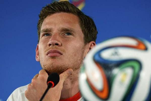 Pemain belakang Tottenham Hotspur Jan Vertonghen - Reuters/Dylan Marrtinez