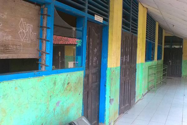 Ilustrasi sekolah rusak - Bisnis.com/M Hilman
