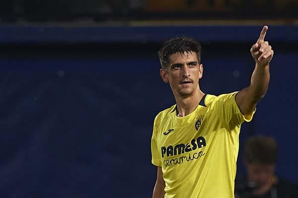 Pemain Villarreal Gerard Moreno top skor sementara La Liga. - Villarreal USA