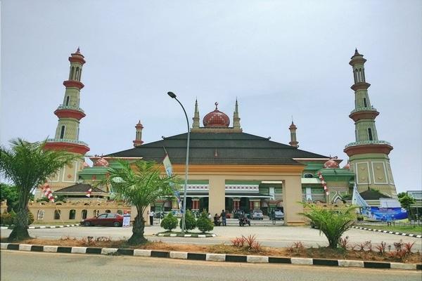 Masjid Syekh Nawawi Al Bantani. - Foursquare/Harry S.