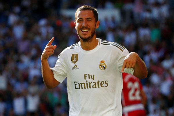 Pemain sayap Real Madrid Eden Hazard setelah menjebol gawang Granada. - Reuters/Javier Barbancho