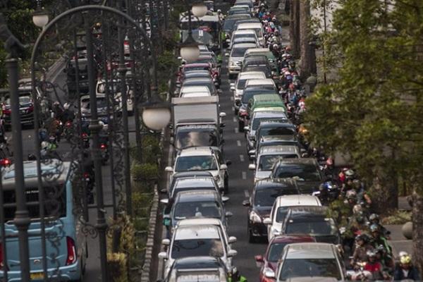 Kemacetan di Kota Bandung - Antara