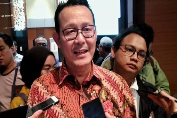 Direktur Utama BPJS Kesehatan Fachmi Idris memberikan keterangan pada wartawan di kantor BPJS Kesehatan Pusat di Jakarta, Rabu (11/9/2019). - Antara