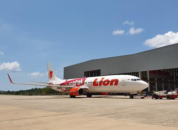 Pesawat Lion Air di hanggar Batam Aero Technic di Batam. BISNIS - Rio Sandy Pradana