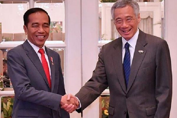 Presiden Joko Widodo atau Jokowi dan Perdana Menteri Singapura Lee Hsien Loong di The Istana, Singapura pada Selasa (8/10/2019). - Instagram @jokowi