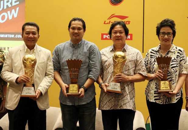 Empat trofi yang akan diperebutkan di Kejuaraan Bulu Tangkis Superliga Junior 2019 - Istimewa